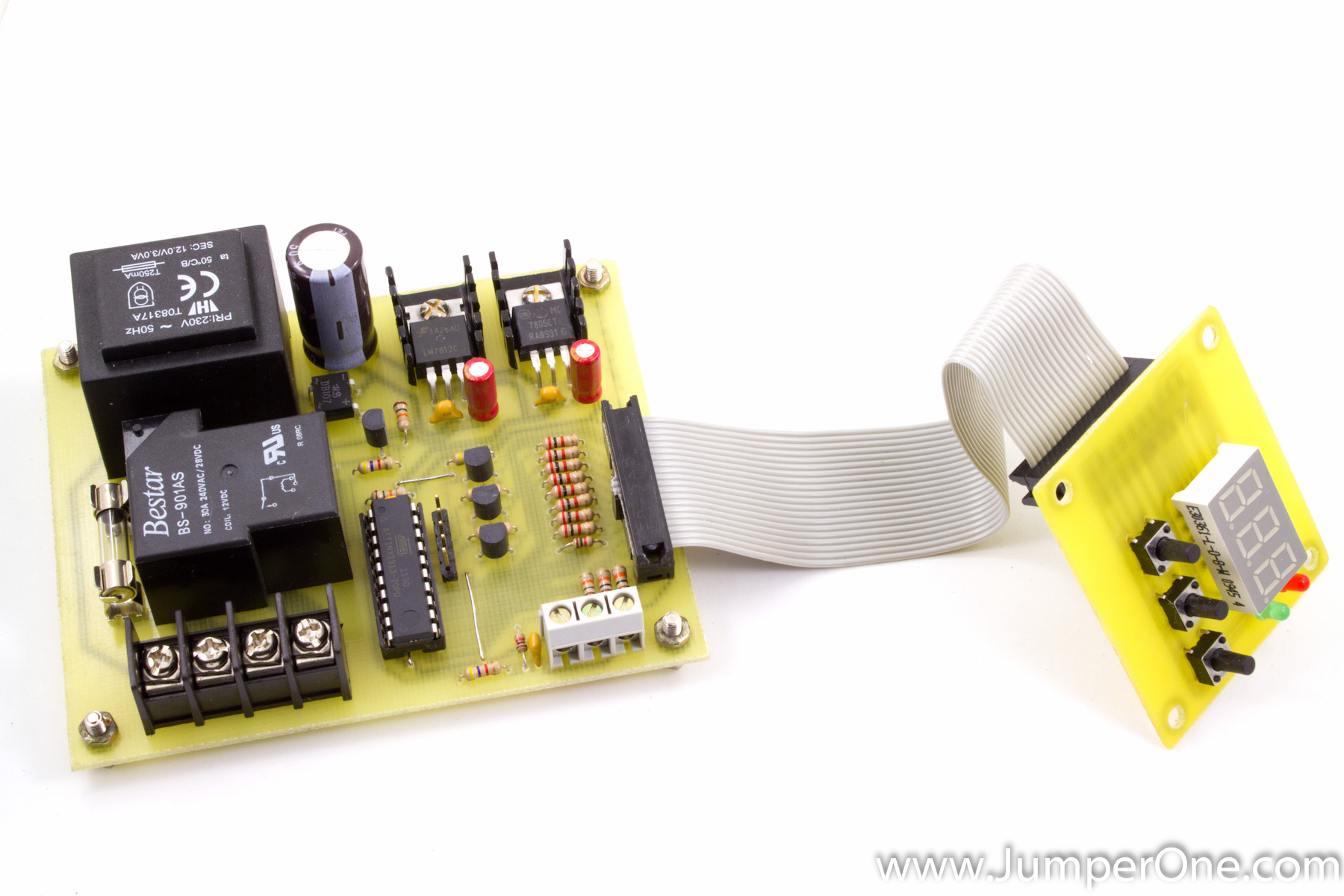 ATtiny2313 – based thermostat project that I've started to work  #B4A517